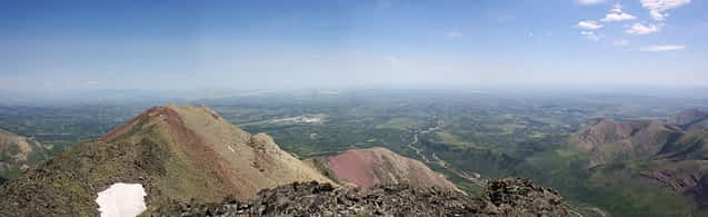 Looking east toward Lethbridge from the summit. On a clear day, you can see Drywood from Lethbridge.